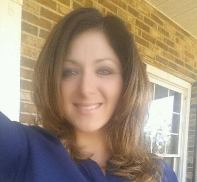 Еще одна учительница (самая уязвимая профессия, судя по всему) тоже из США, Южная Каролина, была уво