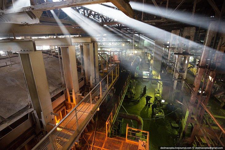 Как уже говорилось, сегодня завод занимает лидирующую позицию среди производителей стеклотары