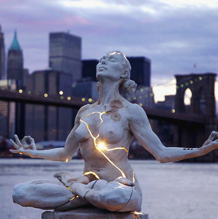 Мустанги Лас-Колинаса, США   Скульптура Роберта Глэна изображает девять мустанг