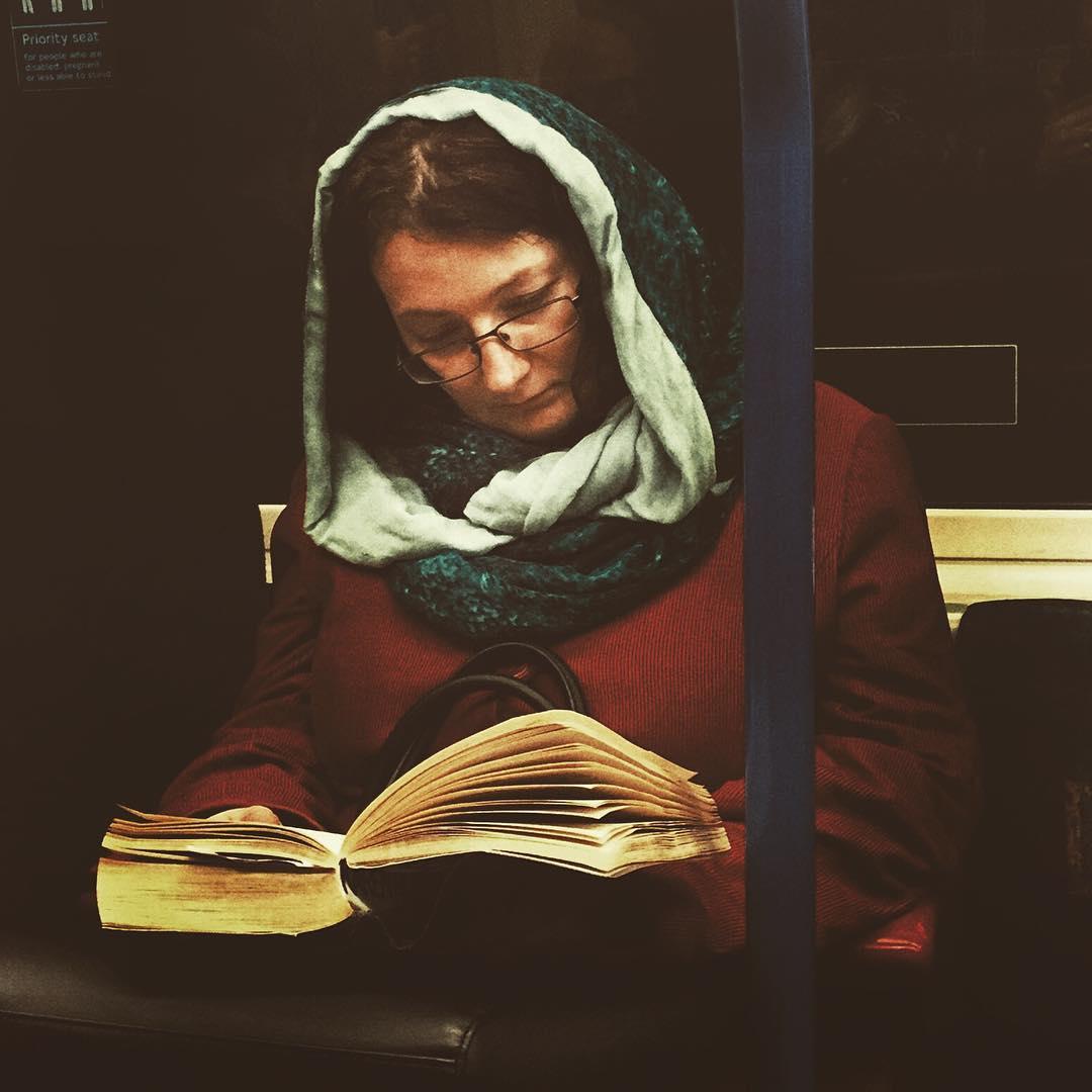 Лондонское метро создает отличные условия для того, чтоб сделать портреты вдухе Ренессанса: здесь у