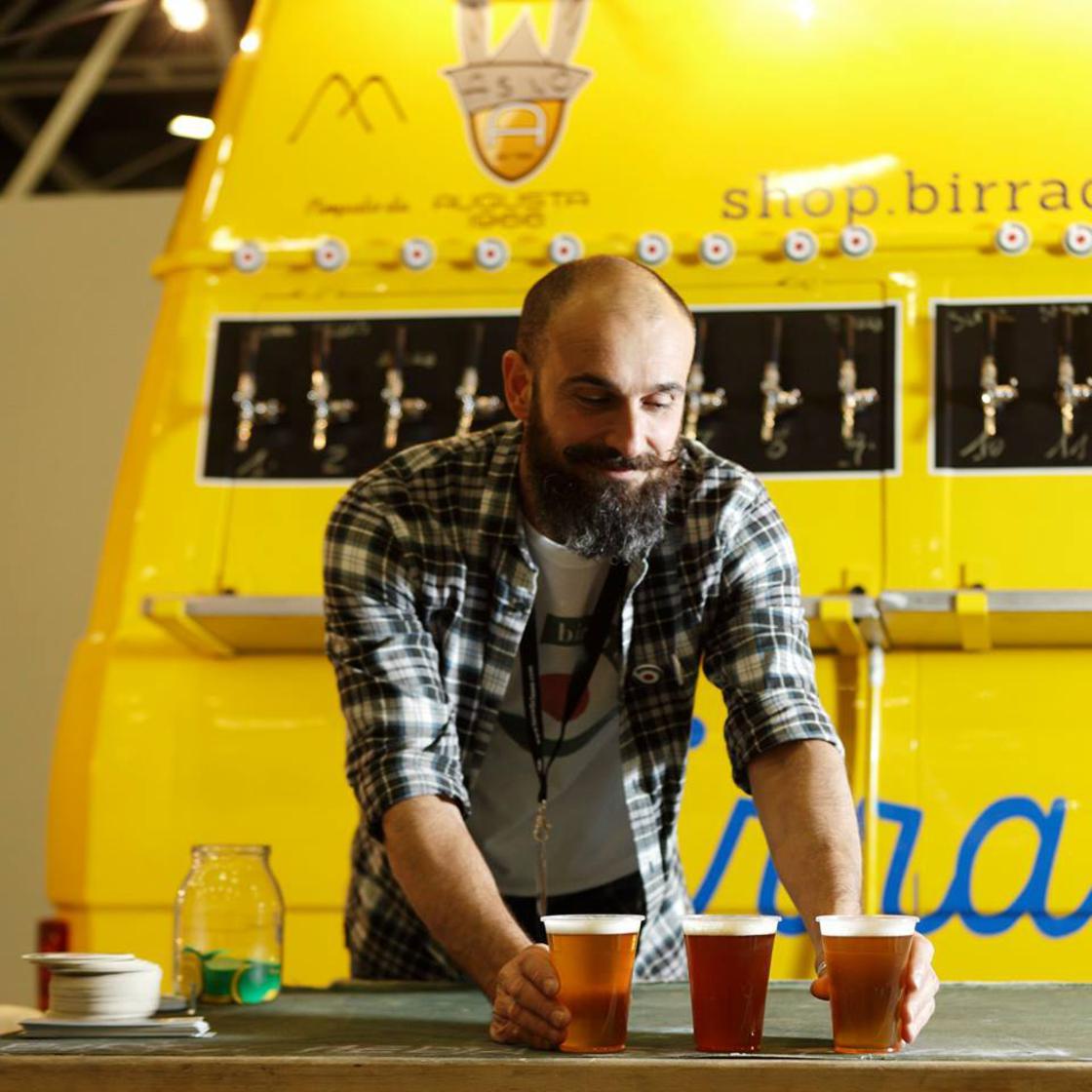 Birrabus – A former school bus transformed into a beer truck!