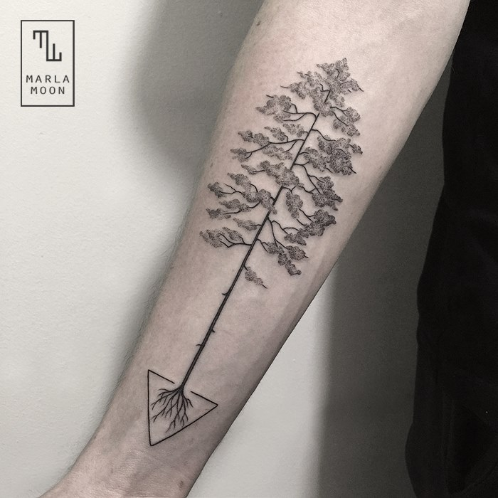 Thrilling Geometric Black and White Tattoos