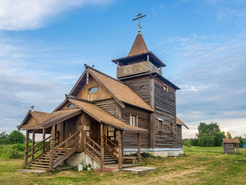 Единоверие — это такое облегчённое старообрядчество с признанием Московского Патриархата.