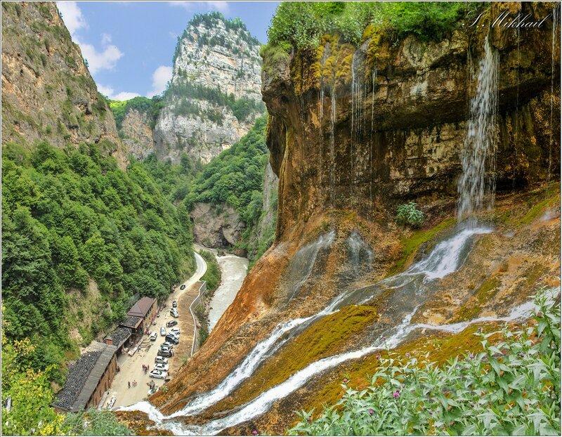 2. Чегемское ущелье - водопад.