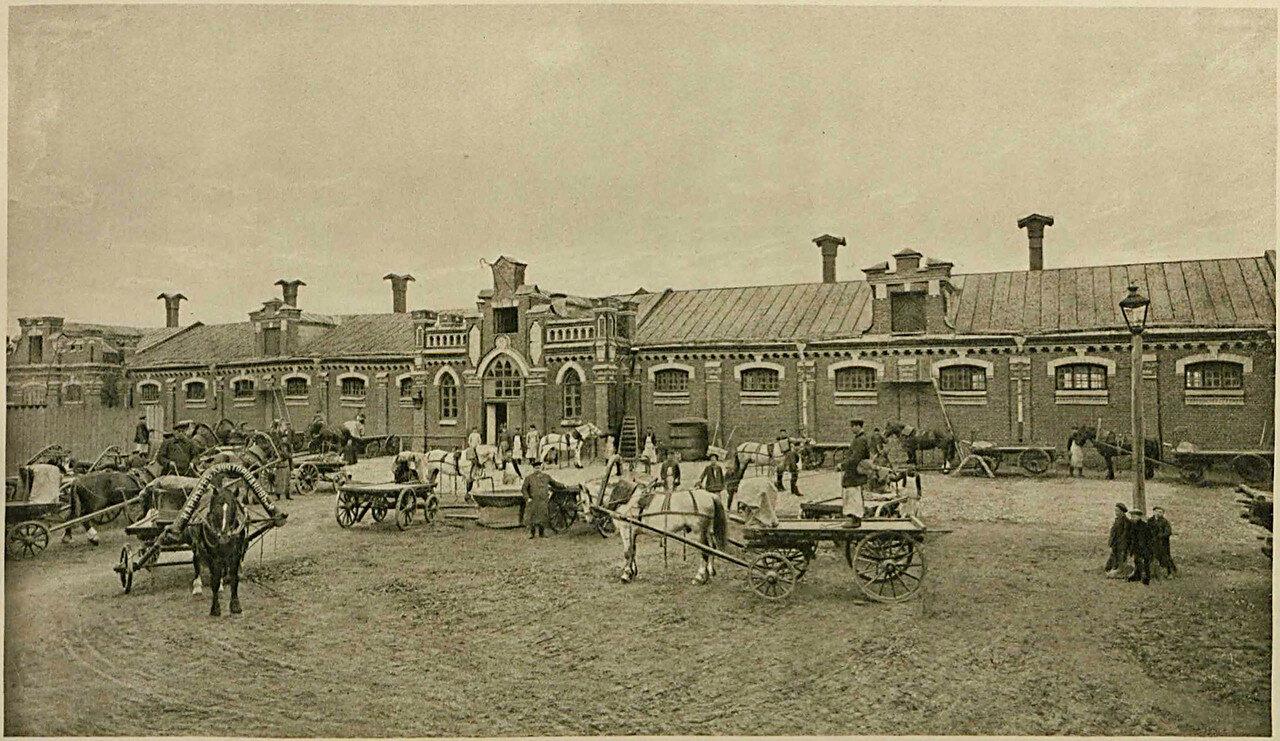 678528 Конюшня Шаболовского завода _Карнеев, Горшанов и К°_.jpg