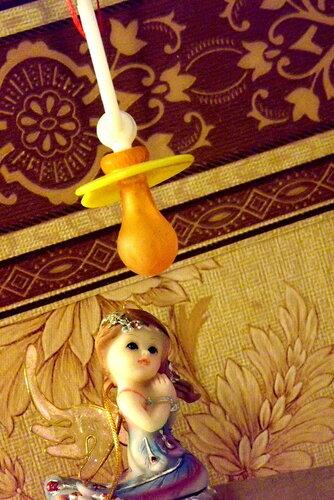 Девочка-ангелочек мечтает о собственном ребенке...