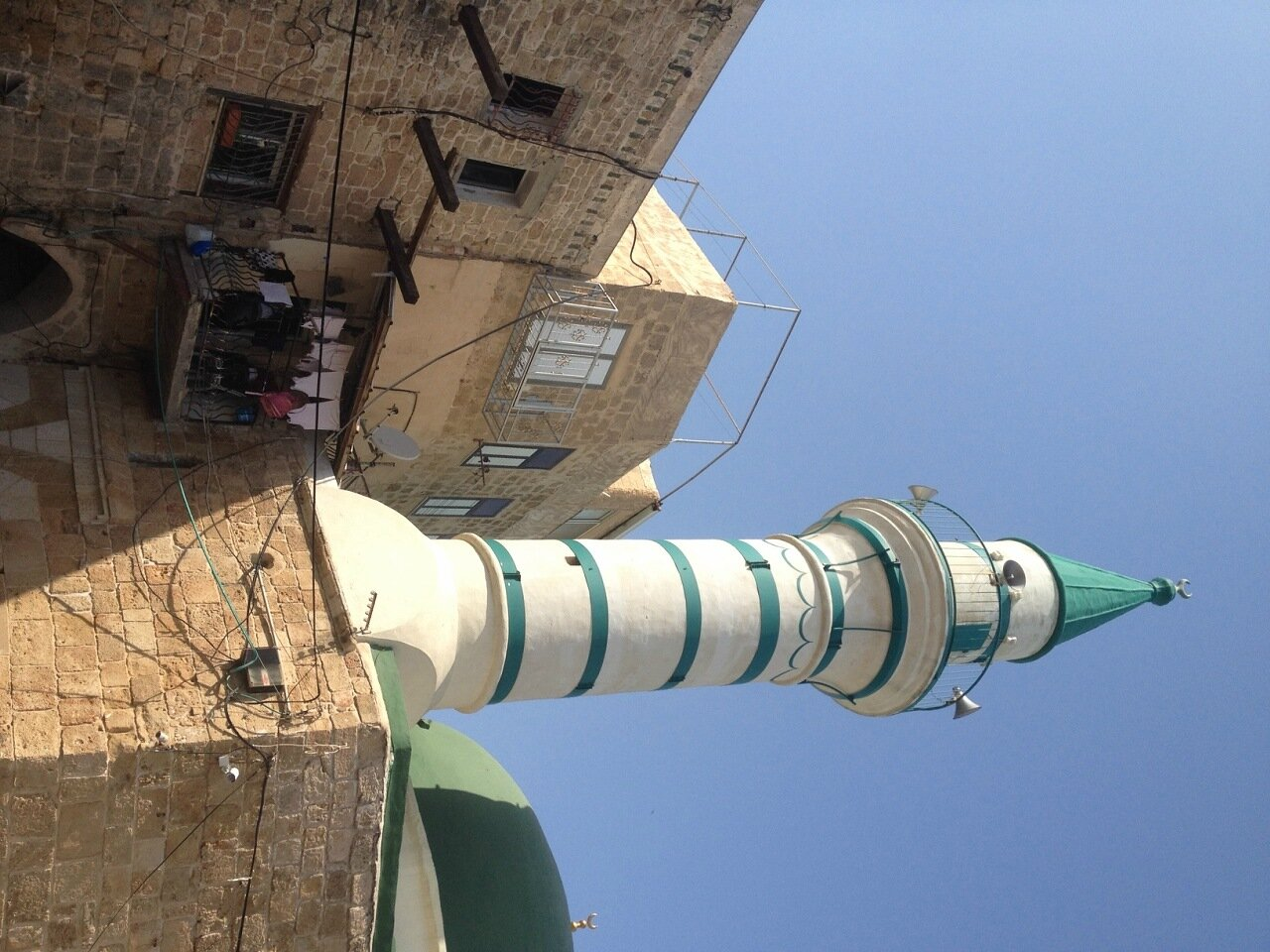 Минарет мечети в Акко