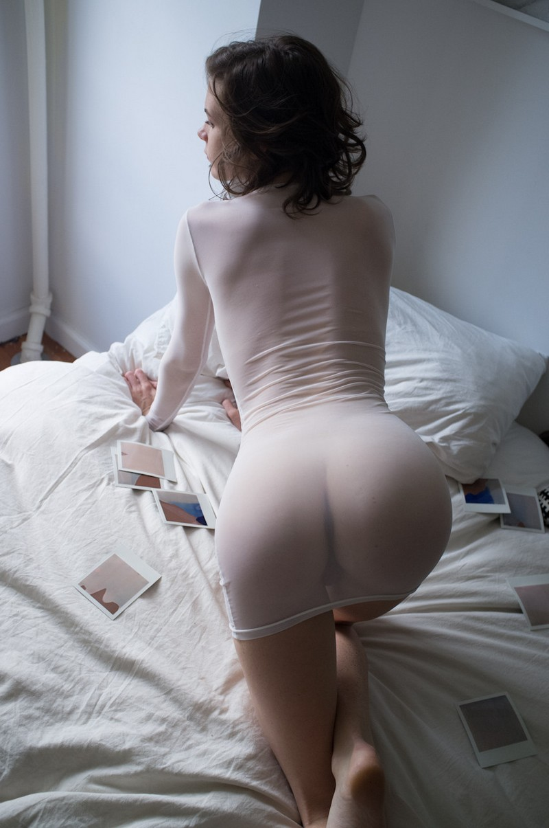 Секс женщина в платье 17 фотография