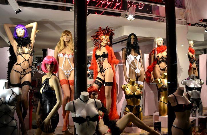 Любовь и секс в париже