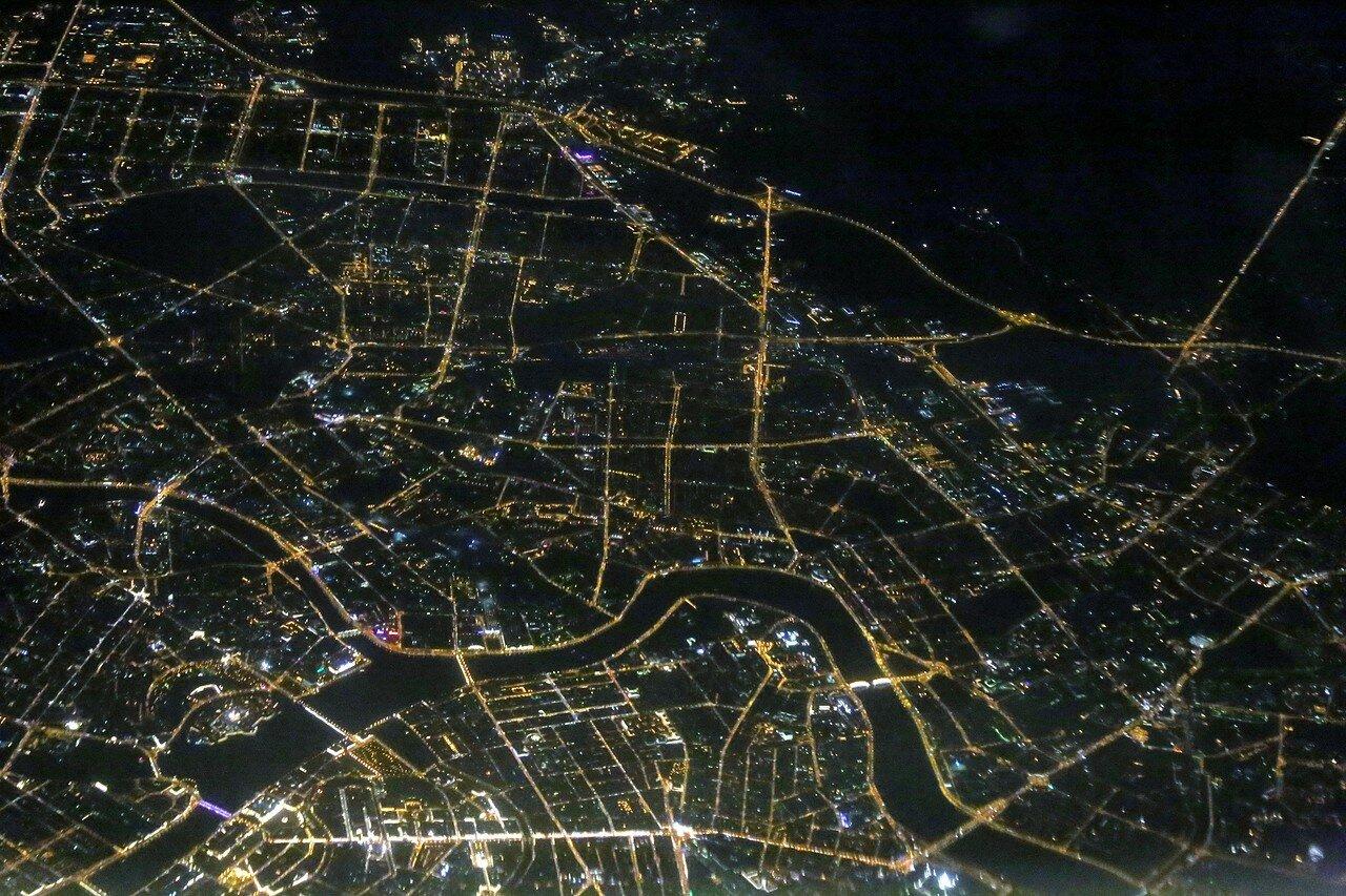 Ночной Петербург, вид с самолета