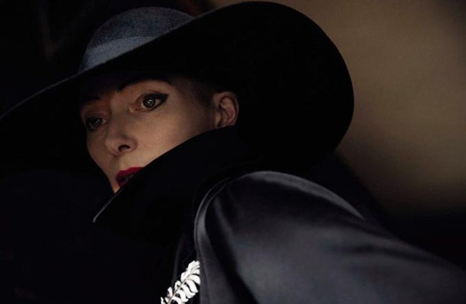 Tilda-Swinton-Vogue-Italia-Yelena-Yemchuk-07-620x405.jpg