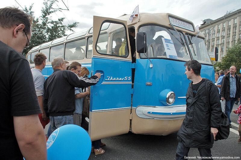 Лето. Парад автобусов. 13.08.16.26..jpg