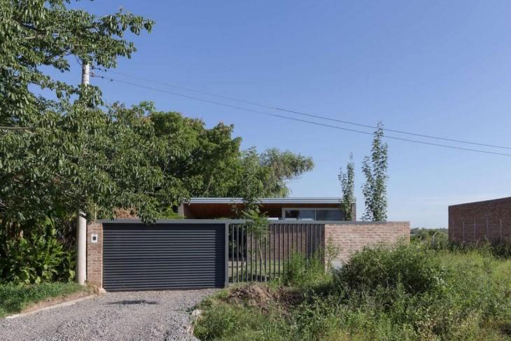 House 50.50 by Celula.Urbana