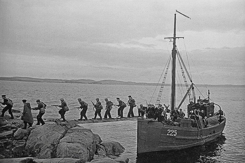 Фотография Е. Халдея(1917 - 1997)Фотохудожник Победы (21).jpg