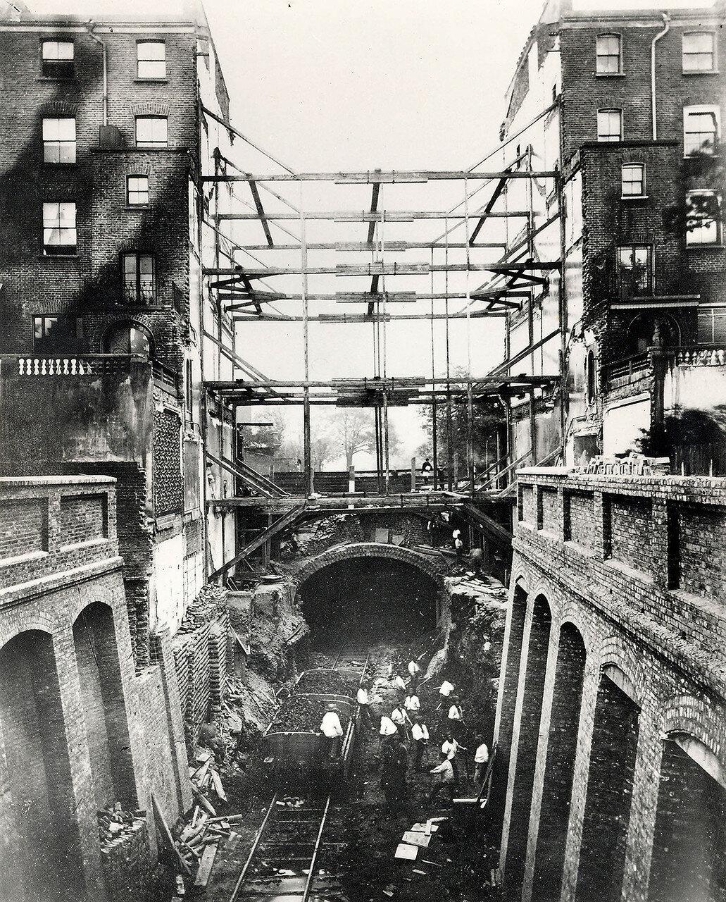 1923. Разрушение садов Лейнстера при прокладке линии метро