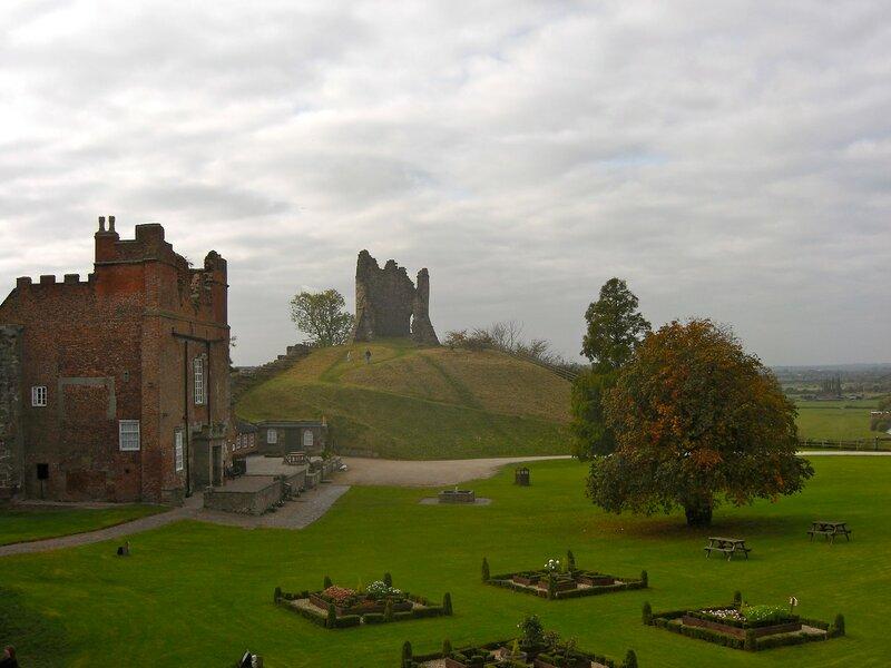 Фотографії Tutbury Castle