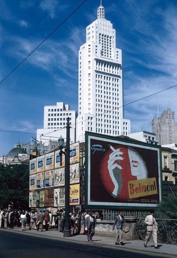 1946 Sao Paulo by Thomaz Farkas.jpg