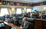2. Губернатор Игорь Руденя выступил с отчётом.JPG