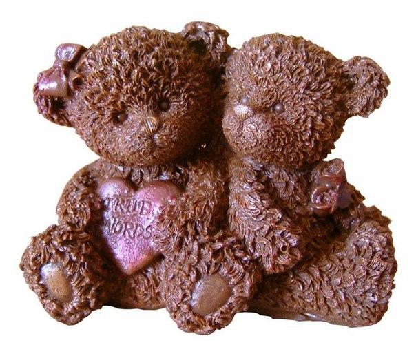 Открытки. День шоколада! Шоколадные медвежата