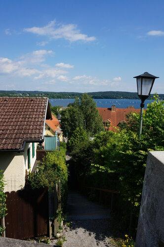 Вид на Штарнберг и озеро