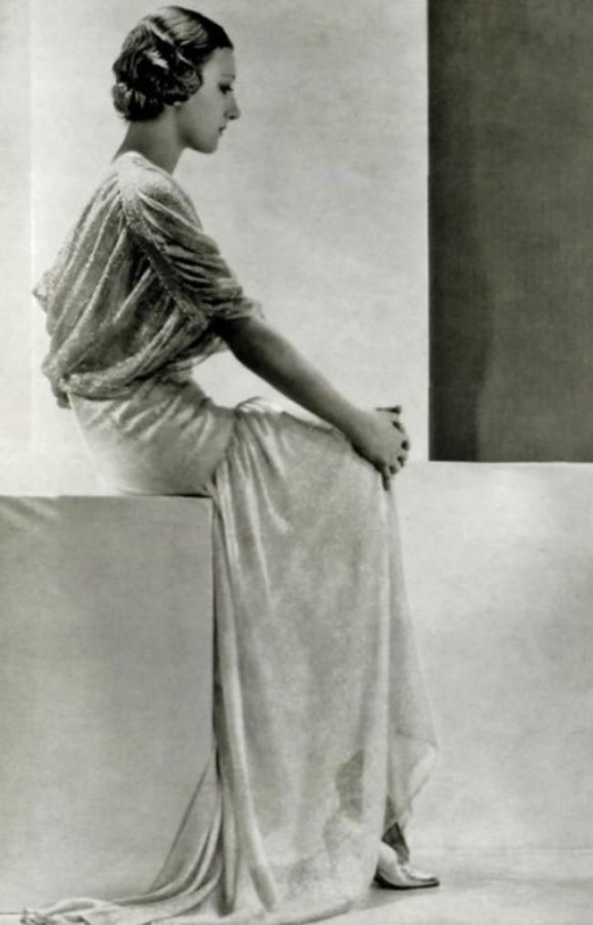 19. Манекенщица Тея Бобрикова, Париж, 1928.