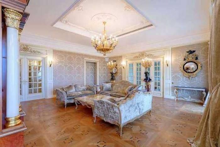 «Каждое помещение квартиры индивидуально, а стиль прочитывается уже у входной двери, откуда открывае