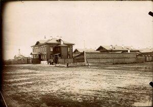 Здание городской больницы за р.Черемухой