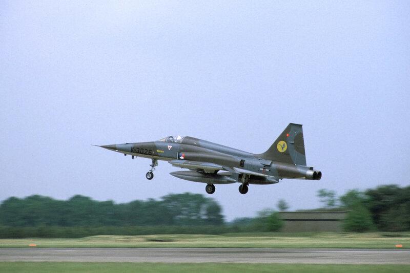 nf-5a-316-squadron_15402272541_o.jpg