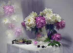 Запах пионов розово-нежный...