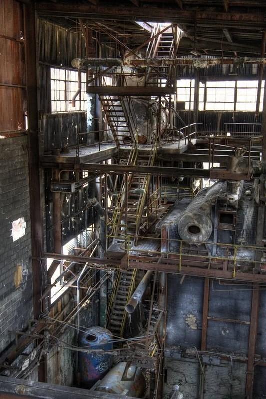 0 181abf 904b666a orig - Заброшенные заводы ПотрясАющи