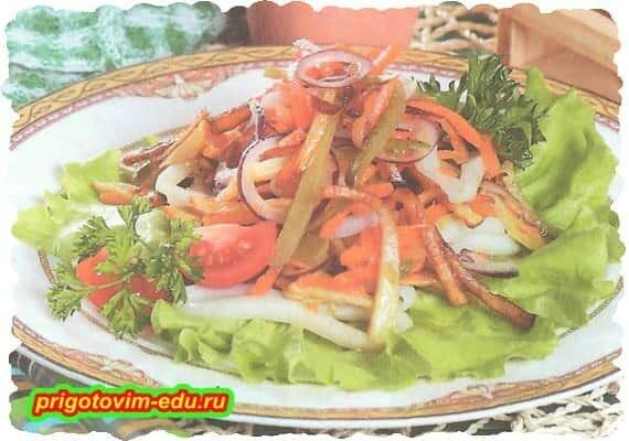 Картофельный салат с кальмарами.jpg