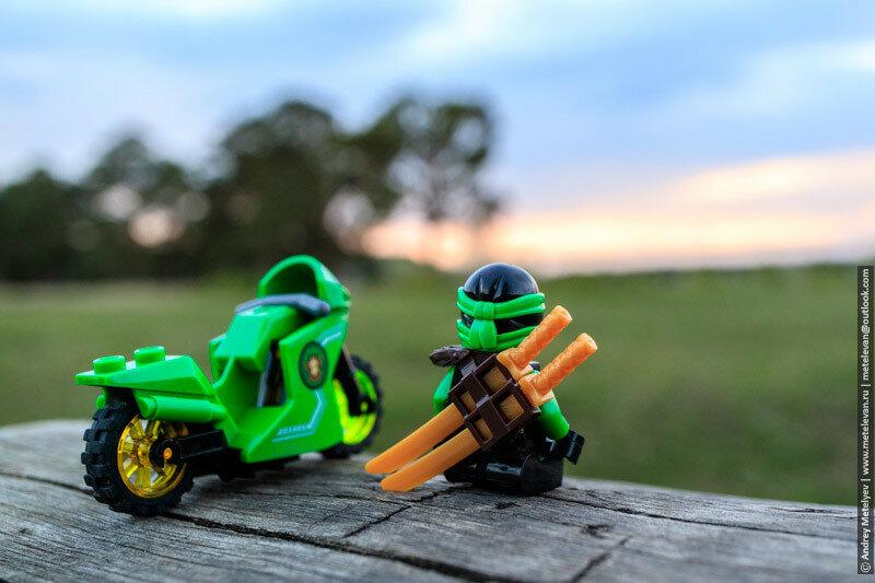 воин лего ниндзяго и его мотоцикл