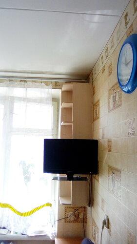 Полка кухонная угловая