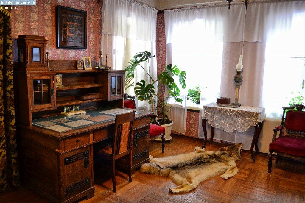 3065-Kabinet-v-dome-Kashinyh-v-Konstantinovo.jpg