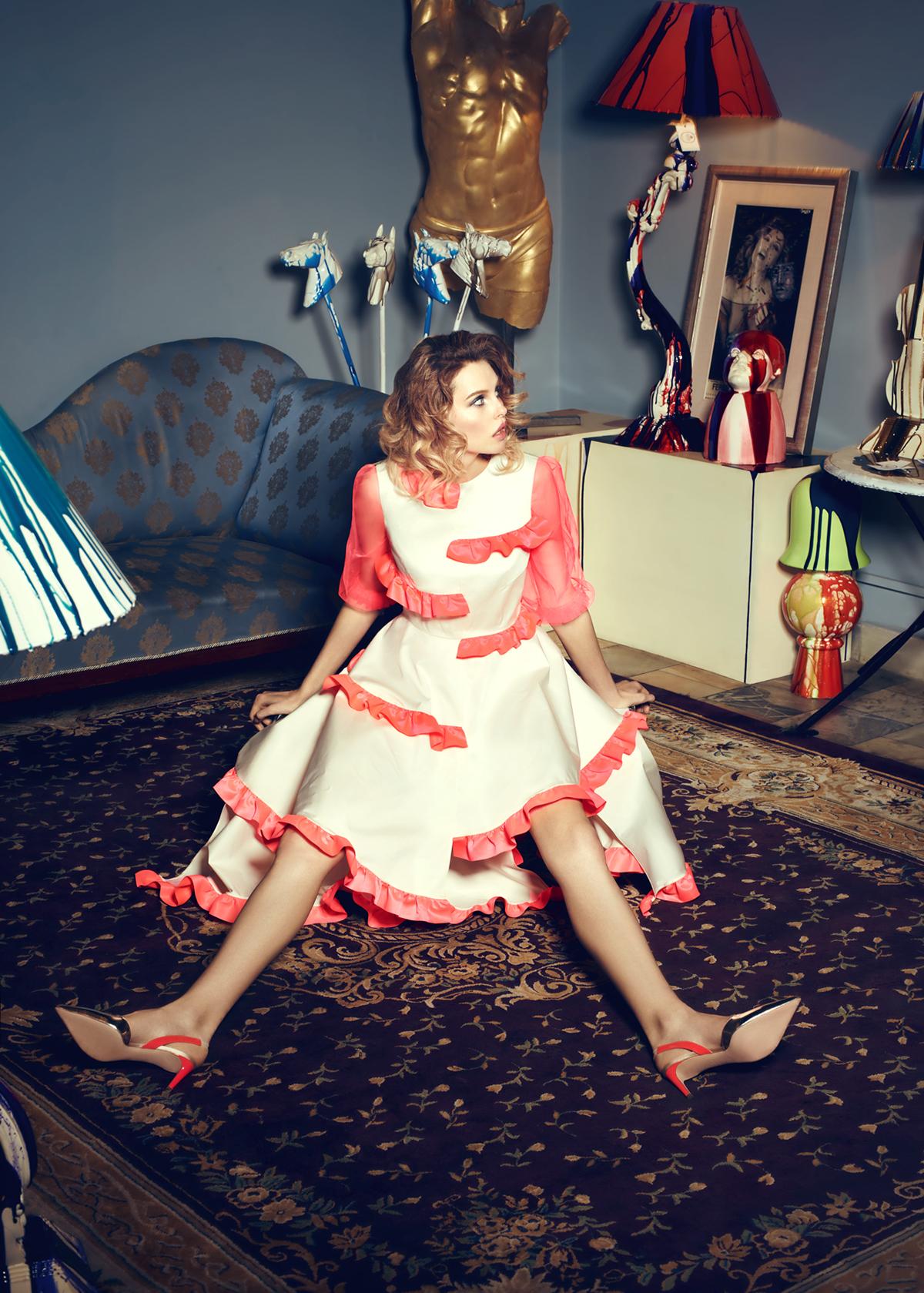 Красивая девушка в красном платье / фото Александр Плотников Alexandr Plotnikov