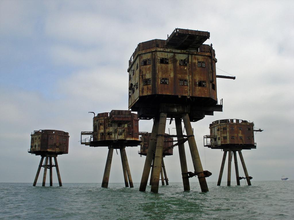 7. И хотя сейчас эти форты не рекомендуется посещать, на одном из них все еще есть лестница, по кото