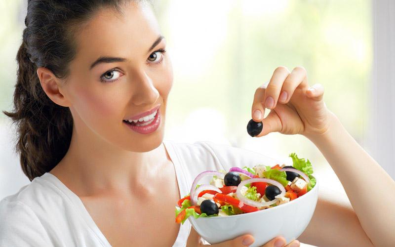 5. Посидите денек на диете Лечебное голодание очищает наше тело и выводит токсины. Общеизвестно, что
