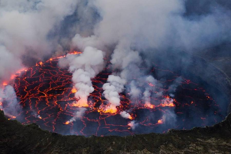 Коренные жители, селившиеся на отрогах вулкана Масая, верили, что в вулкане жили боги. Когда им на с
