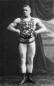 Портрет Г.Луриха, чемпиона мира по классической борьбе, участника чемпионата.