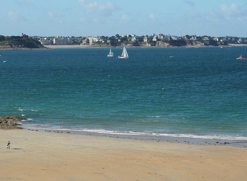 Море в Сен-Мало (The sea in Saint-Malo)