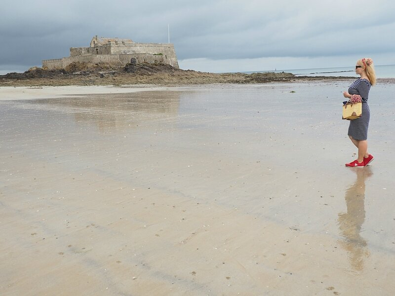 Пляж в Сен-Мало (Beach in Saint-Malo)