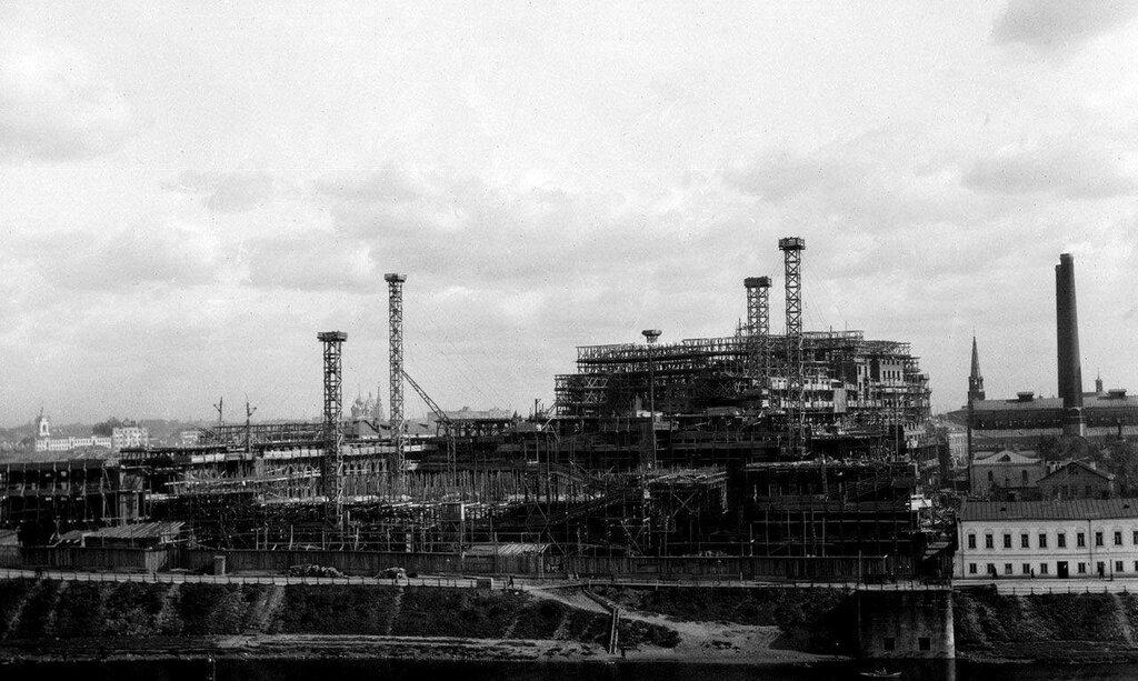 7628 Начало строительства Дома на набережной William O. Field 1929.jpg