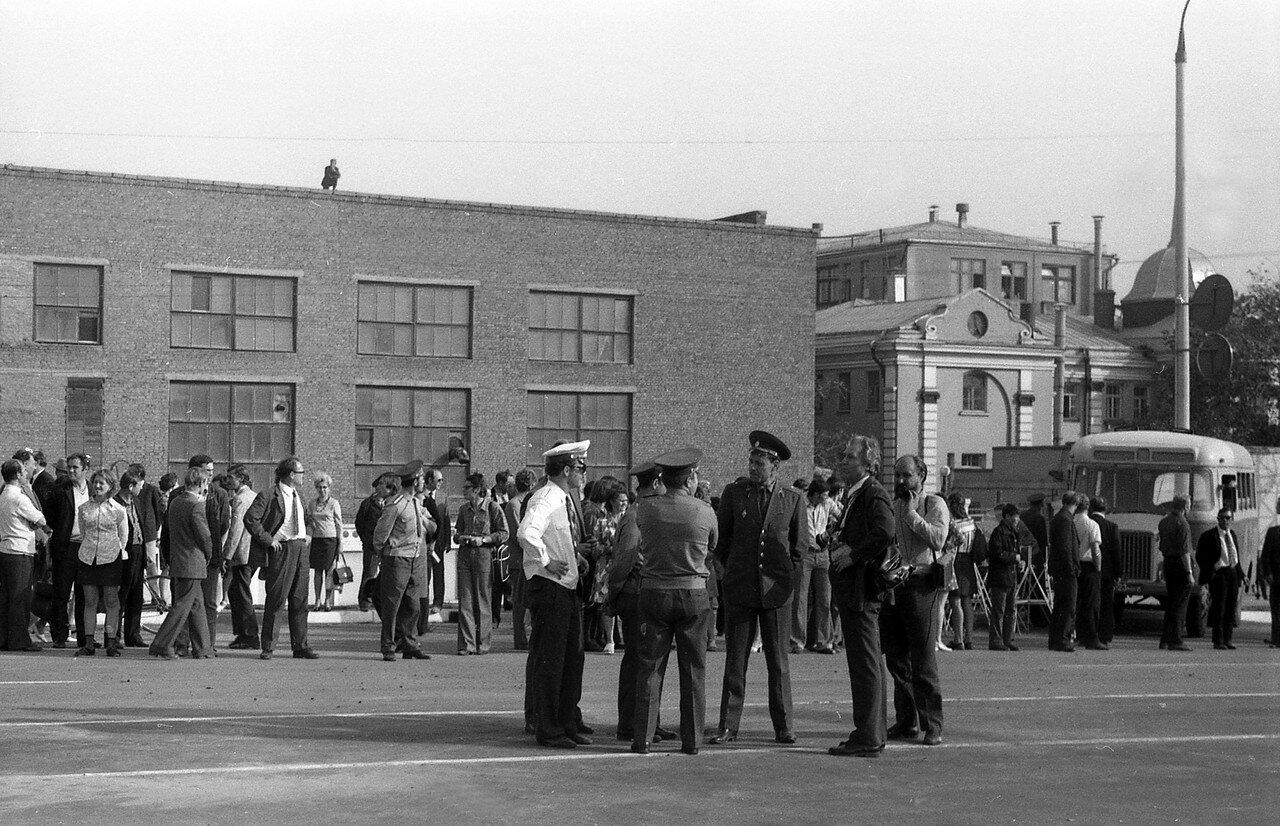 1975. Открытие путепровода через Монинскую ветку