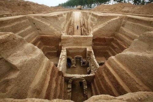 Кладбище возрастом 1600 лет обнаружили при раскопках в Китае