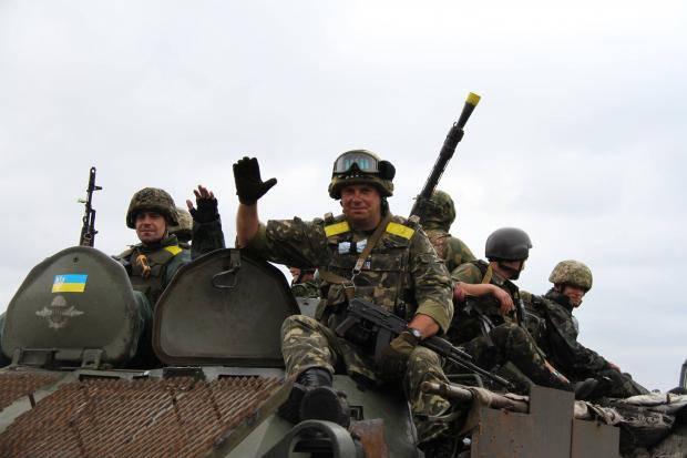 Враг понес безумных потерь за последние 48 часов: Если противник полезет в очередной раз в атаку, получит по зубам так, что мало не покажется, - волонтер о боях на Донбассе