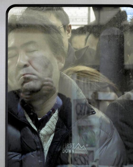 Проект «Давка в Токио» сосредоточен на сумасшествии подземной системы Токио.