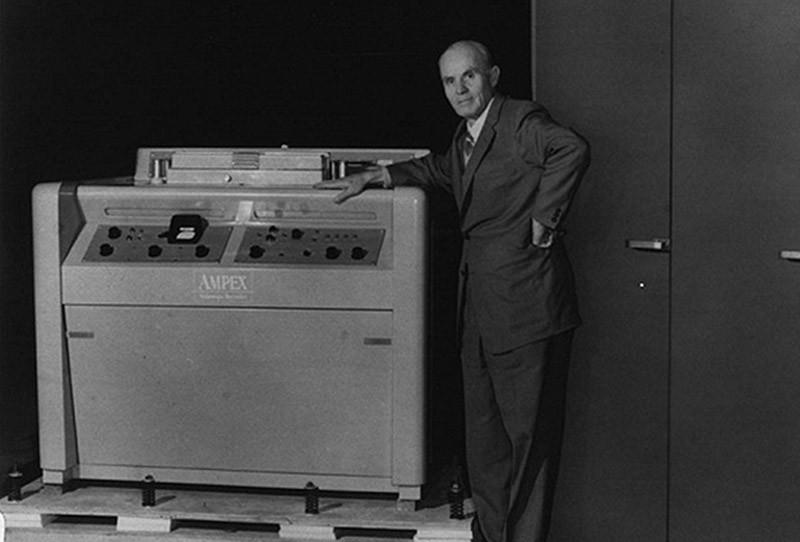 11. Видеомагнитофон Компанию AMPEX создал в 1944 году русский эмигрант Александр Матвеевич Понятов,
