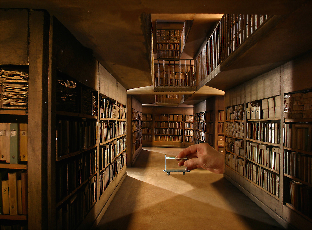 A French Museum Dedicated to Over 100 Hyperrealistic Miniature Film Sets