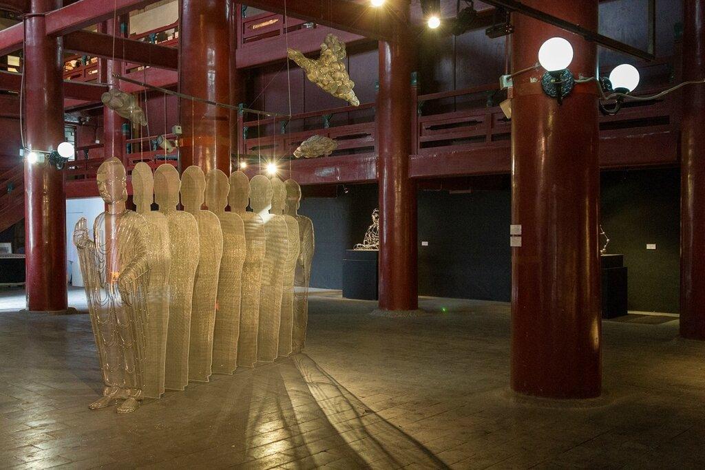 Экспозиция выставки Red Gate Gallery
