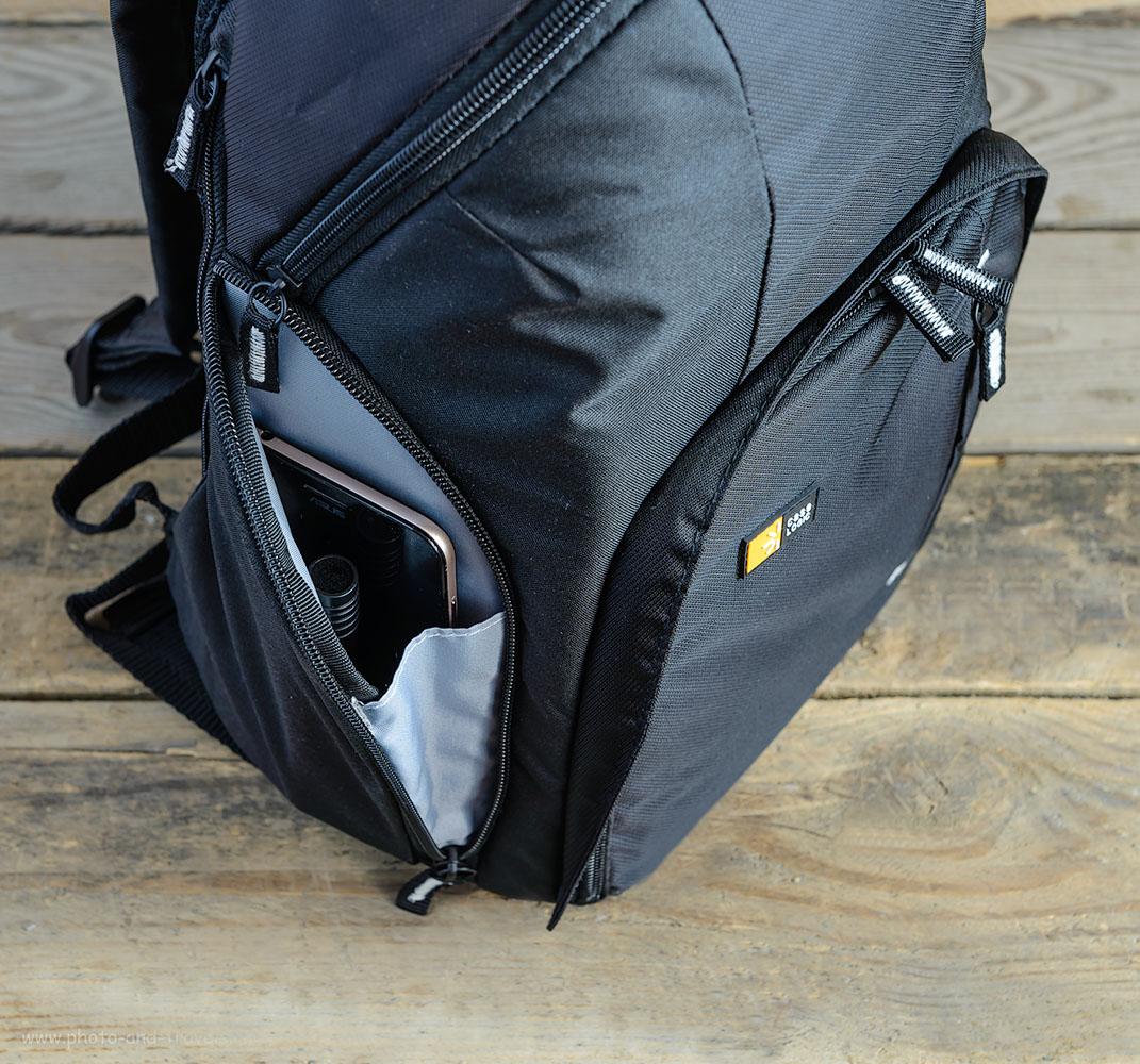 Фотография 4. Обзор рюкзака для фотоаппарата Case Logic TBC-411-Black. В боковые кармашки тоже можно положить различную мелочевку.